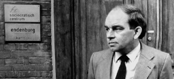 Gerard Endenburg, 1980, In front of Centrum